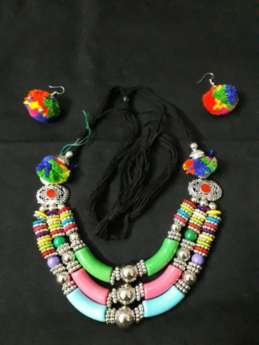 Elegent  Oxodized Multicolor Necklace with Earings
