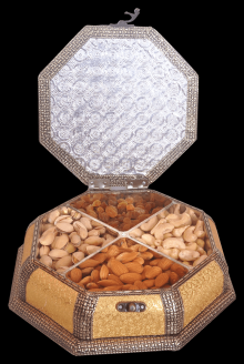 Diamond Shaped Attractive Handicrafted Dryfruit dum Mukhwas Box
