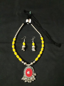 Western Oxodize Set with Yellow pendal with Earings