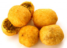 Dry Kachori 500 Grams Buy online best Gujarati Farsan of Jagish